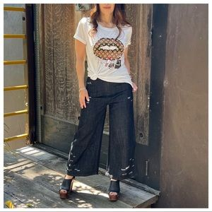 Wide leg distressed Retro cropped jeans